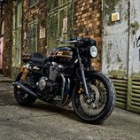 Yamaha XJR1300 Yard Built by Iron Heart - front