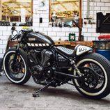Yamaha XV 950 Yard Built 'The Face' - trasera