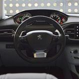 Prueba - Peugeot 308 SW: Mandos del conductor