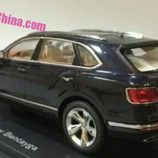 Bentley Bentayga modelo a escala - rear