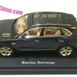 Bentley Bentayga modelo a escala - side