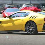 Ferrari f12 Speciale - side