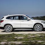 BMW X1 2016-- side