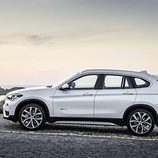 BMW X1 2016 - lateral