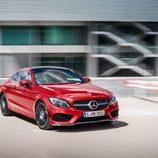 2016 - Mercedes Benz Clase C Coupé AMG: 3/4 frontal derecho