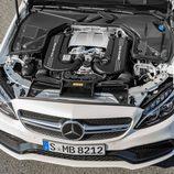 2016 - Mercedes AMG C63 Coupé: V8 Biturbo 4,0 litros
