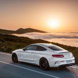 2016 - Mercedes AMG C63 Coupé: Puesta de sol