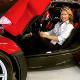 Ferrari LaFerrari rojo - posando
