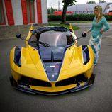 Ferrari FXX K amarillo