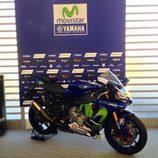 Yamaha YZF R1 réplica Valentino Rossi a subasta