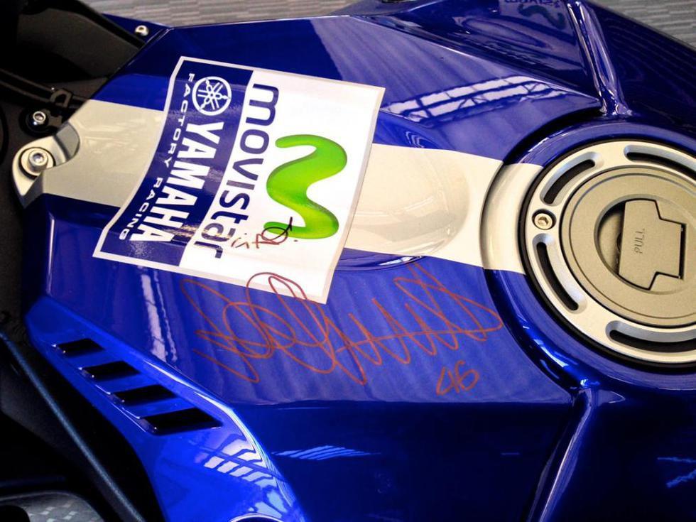 Consigue una Yamaha réplica de Valentino Rossi