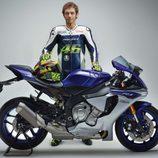 Nueva Yamaha R1 con Valentino Rossi