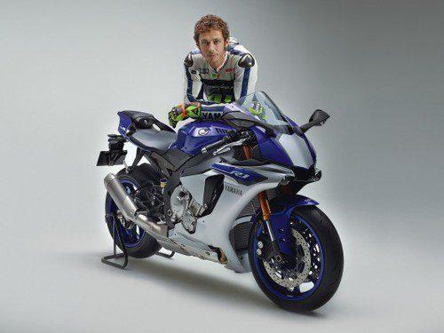 Nueva Yamaha R1 y Valentino Rossi