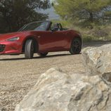 Mazda MX5 ND rojo perfil y frontal