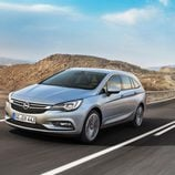 Opel Astra Sports Tourer - frontal