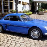 Alpine A108 - Lateral