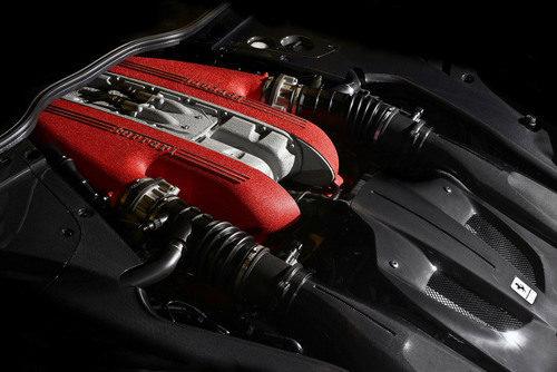 Ferrari F12 Tour de France - motor