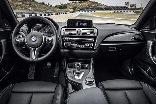 BMW M2 - Interior