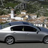 2006 - Lexus GS 450h: Lateral