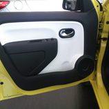 Renault Twingo 2015 - puerta delantera