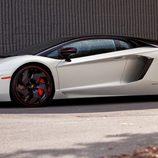 Lamborghini Aventador Pirelli Edition - side
