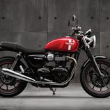 Triumph Street Twin 2016 - side