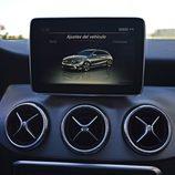 Prueba - Mercedes-Benz CLA Shooting Brake 220 CDI:Diseño aireadores y pantalla