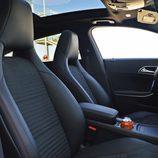 Prueba - Mercedes-Benz CLA Shooting Brake 220 CDI: Asientos delanteros