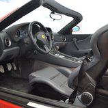 Ferrari 550 Barchetta - habitáculo