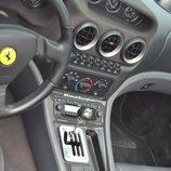 Ferrari 550 Barchetta - consola central