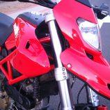 Ducati Hypermotard 1100 2007 - detalle faro