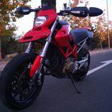 Ducati Hypermotard 1100 2007 - delantera