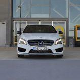 Prueba - Mercedes-Benz CLA Shooting Brake 220 CDI: Frontal
