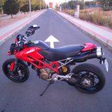 Ducati Hypermotard 1100 2007 - detalle lateral