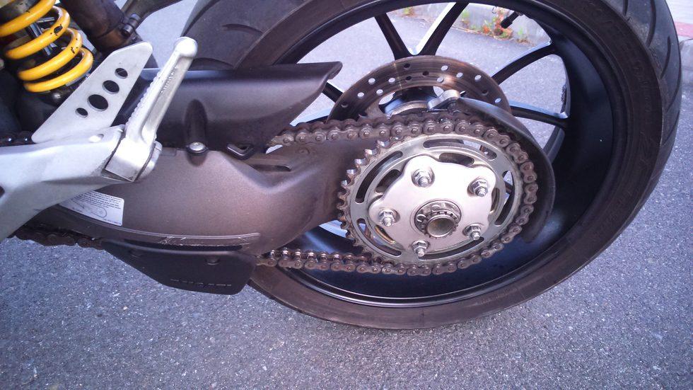 Ducati Hypermotard 1100 2007 - detalle transmisión.