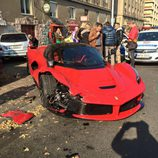 Ferrari LaFerrari accidentado - front