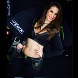 Monster Girl Carmen Muñoz - trabajando