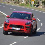 Porsche Macan GTS 2016 - road