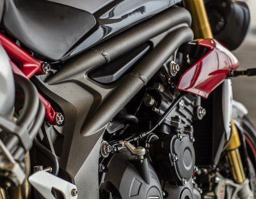Gama Triumph Speed Triple 2016