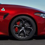 Alfa Romeo Giulia Quadrifoglio US-specs - logo