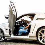 Ford Mustang Saleen - desde detrás