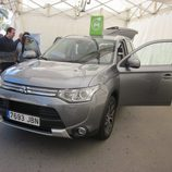 Expoelectric 2015 - Mitsubishi Outlander Phev frontal lateral