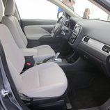 Expoelectric 2015 - Mitsubishi Outlander Phev interior