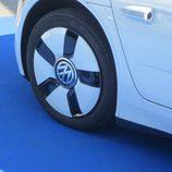 Volkswagen XL1 llanta delantera