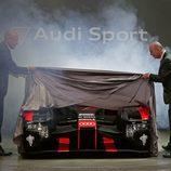 Audi R18 LMP1 Dr. Ulrich levantando la lona