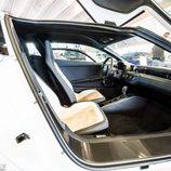 Volkswagen XL1 2013 - habitáculo