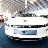 Volkswagen XL1 2013 - front