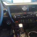 Lexus RX 450H - Consola central