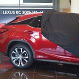Lexus RX 450H - Destapando el lateral