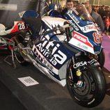 Vista frontal-lateral Ducati MotoGP del equipo Avintia